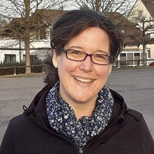 Dr. Andrea Finke